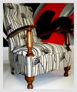 Early Kangaroo Chair