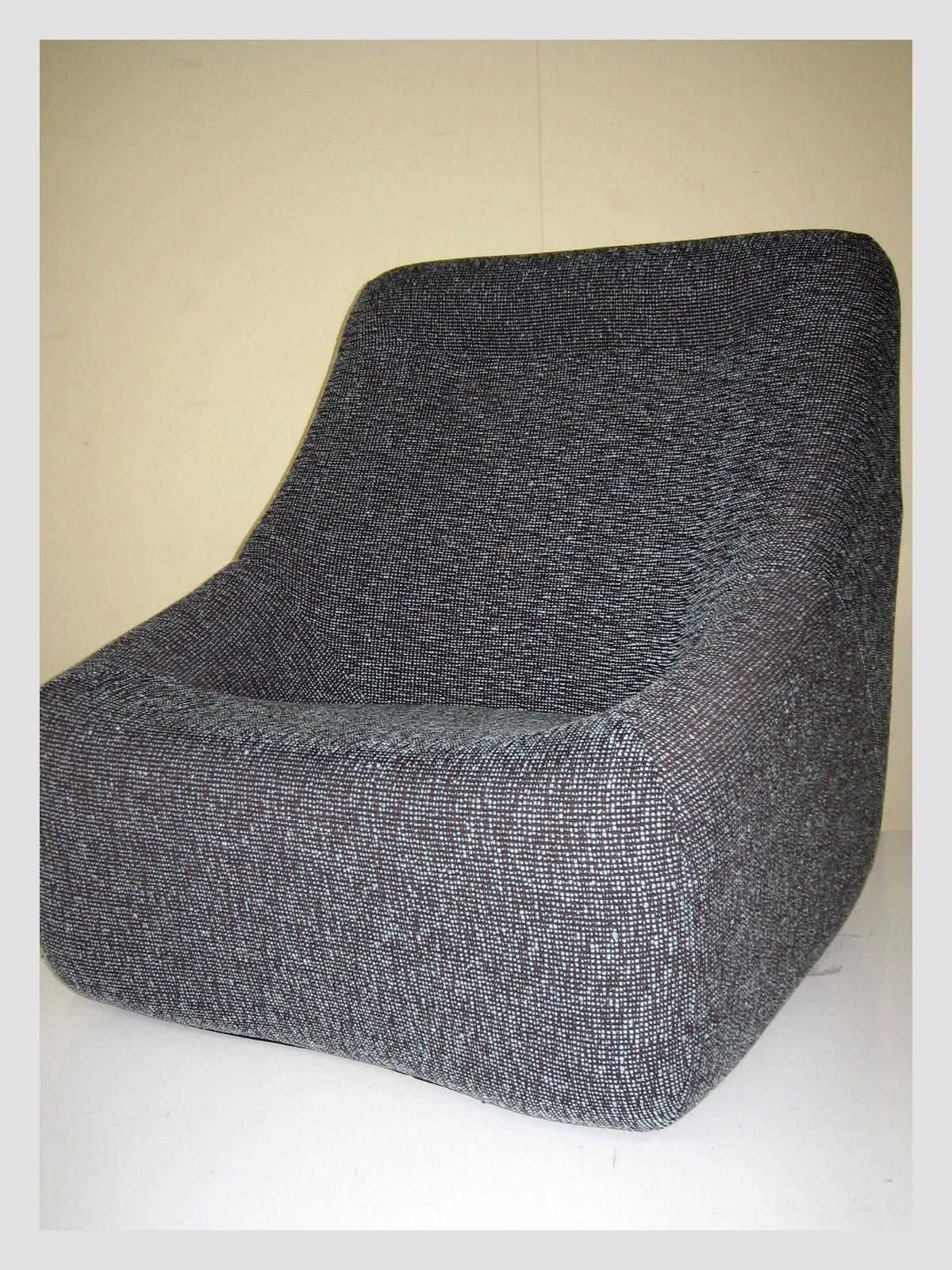 Featherston Numero Uno Chair