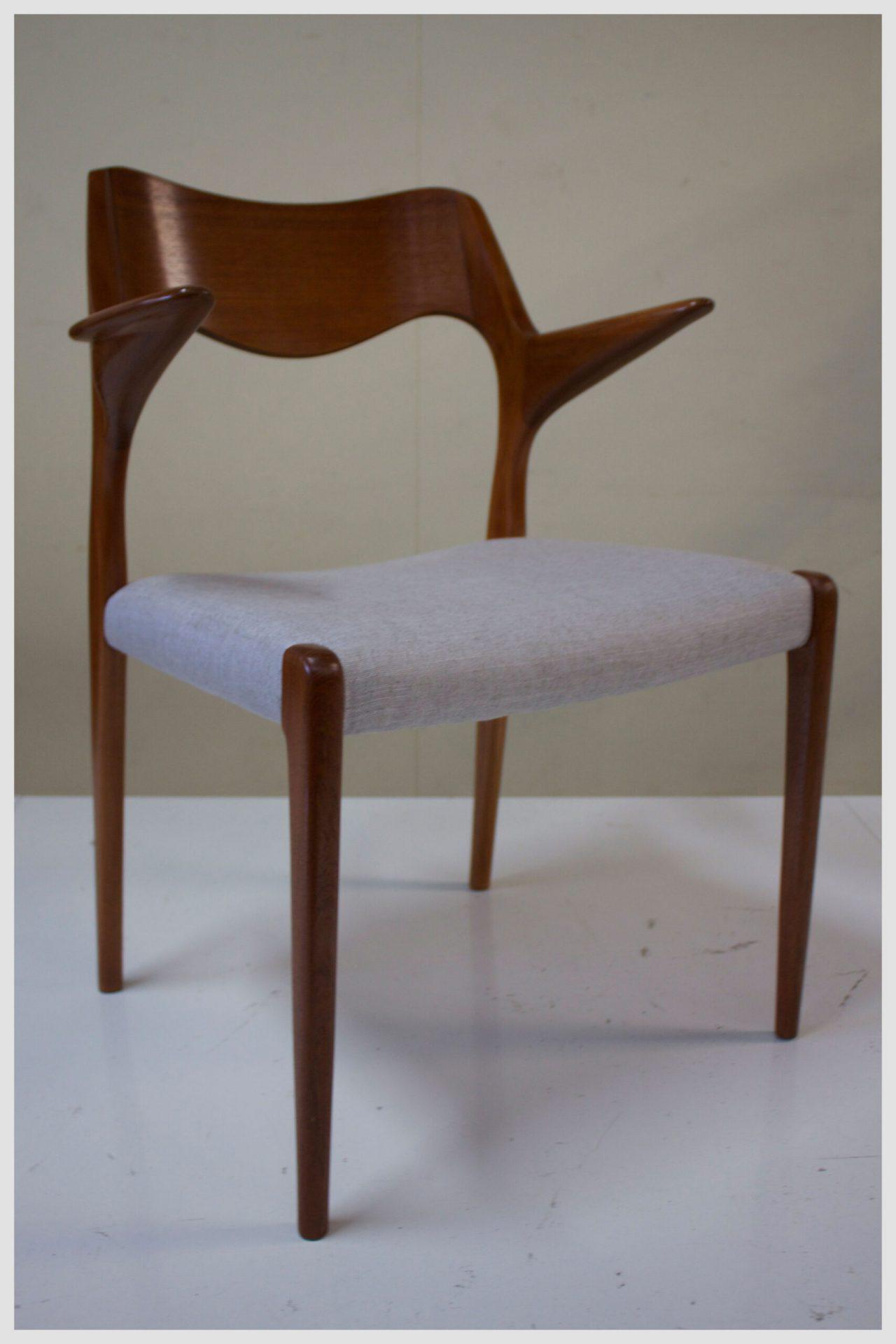 Moller #55 Teak chair
